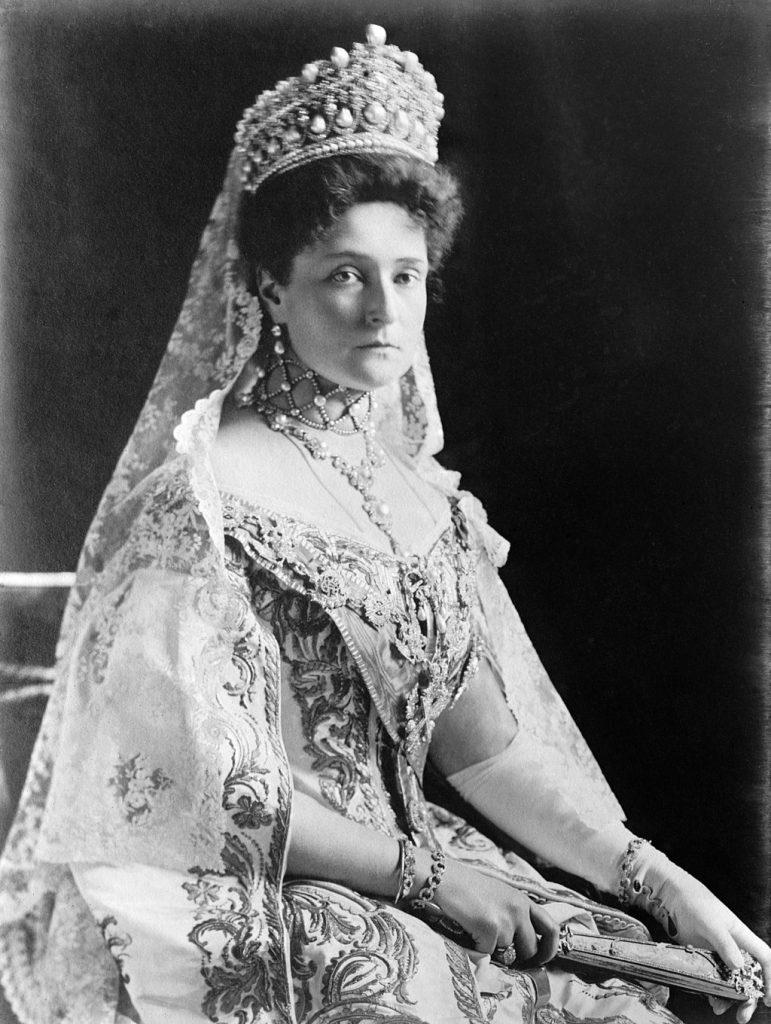 Zarin Alexandra Fyodorovna - Alix von Hessen-Darmstadt