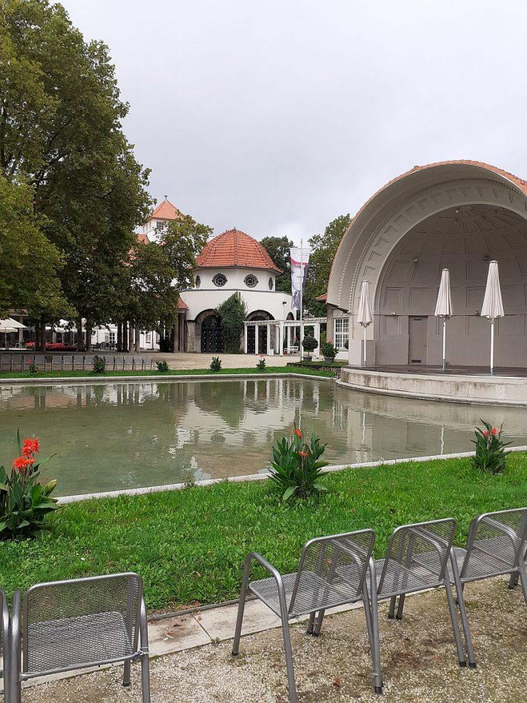 Trinkkuranlage mit Museikmuschel Bad Nauheim