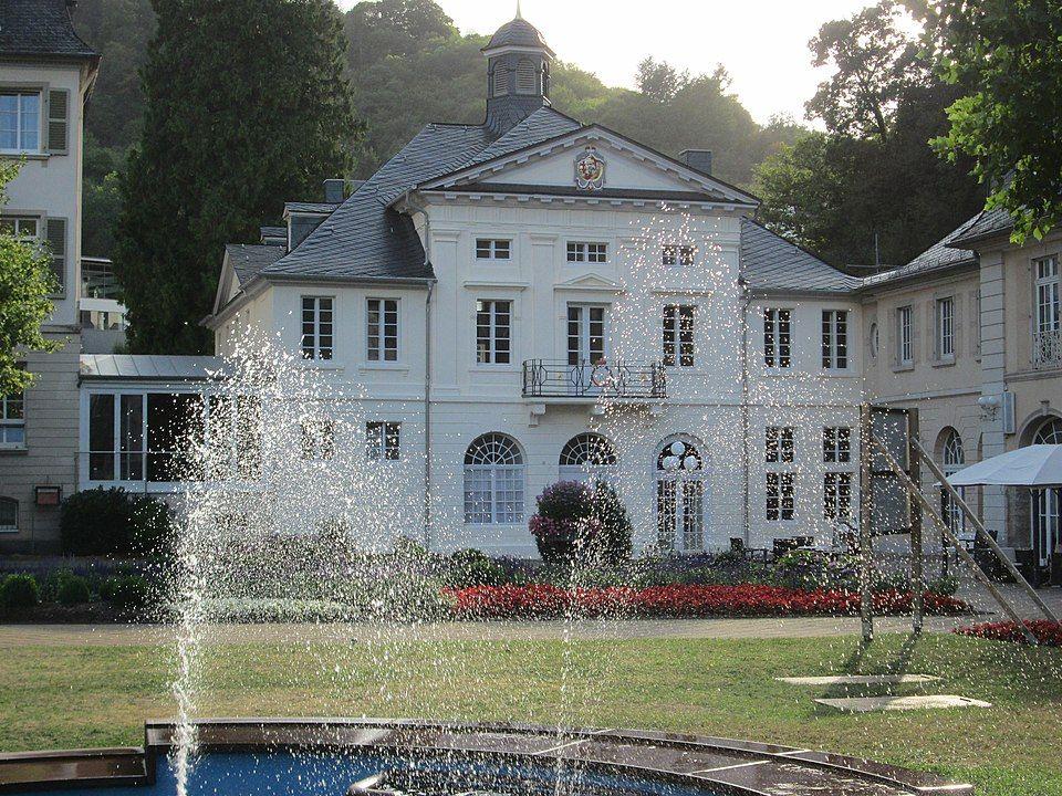 kurfürstliches Badschlösschen Bad Bertrich