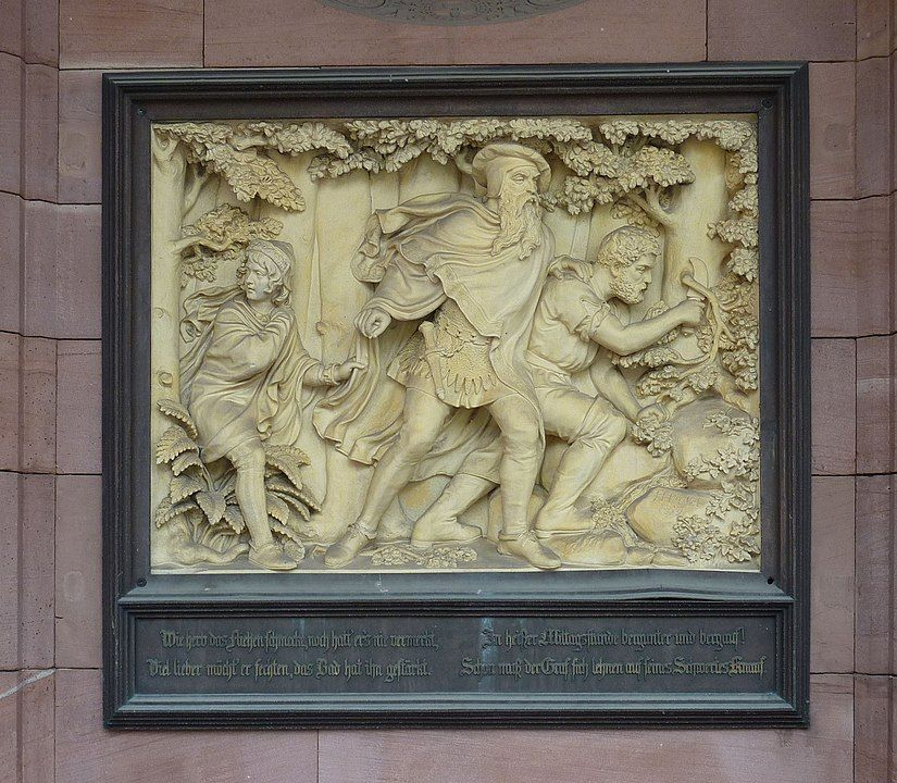Relief Graf Eberhard am Palais Thermal in Wildbad